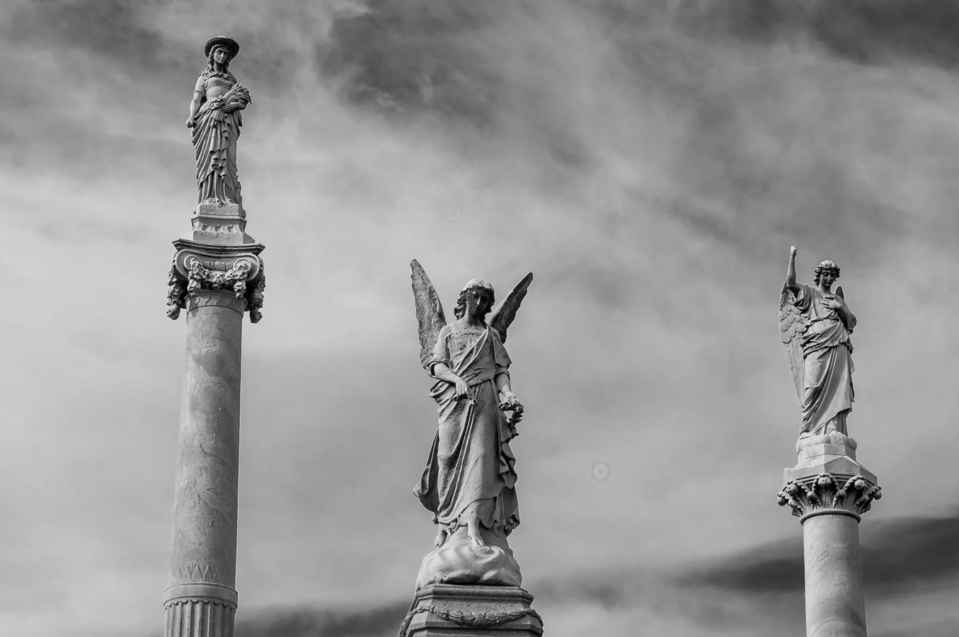 Three Angels Laurel Hill Cemetery