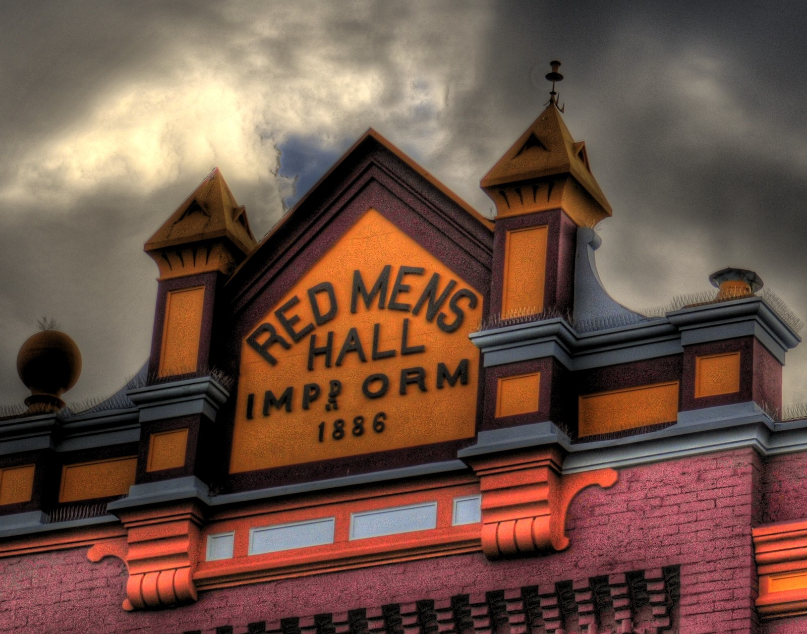 red-mens-hall-hdr-14