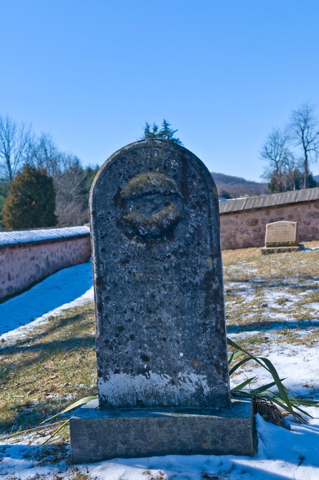 tombstone-4742
