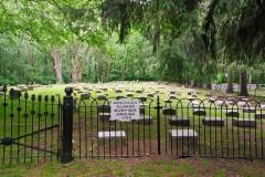 Phtograph of Rancocas woods Quaker burying ground-8775