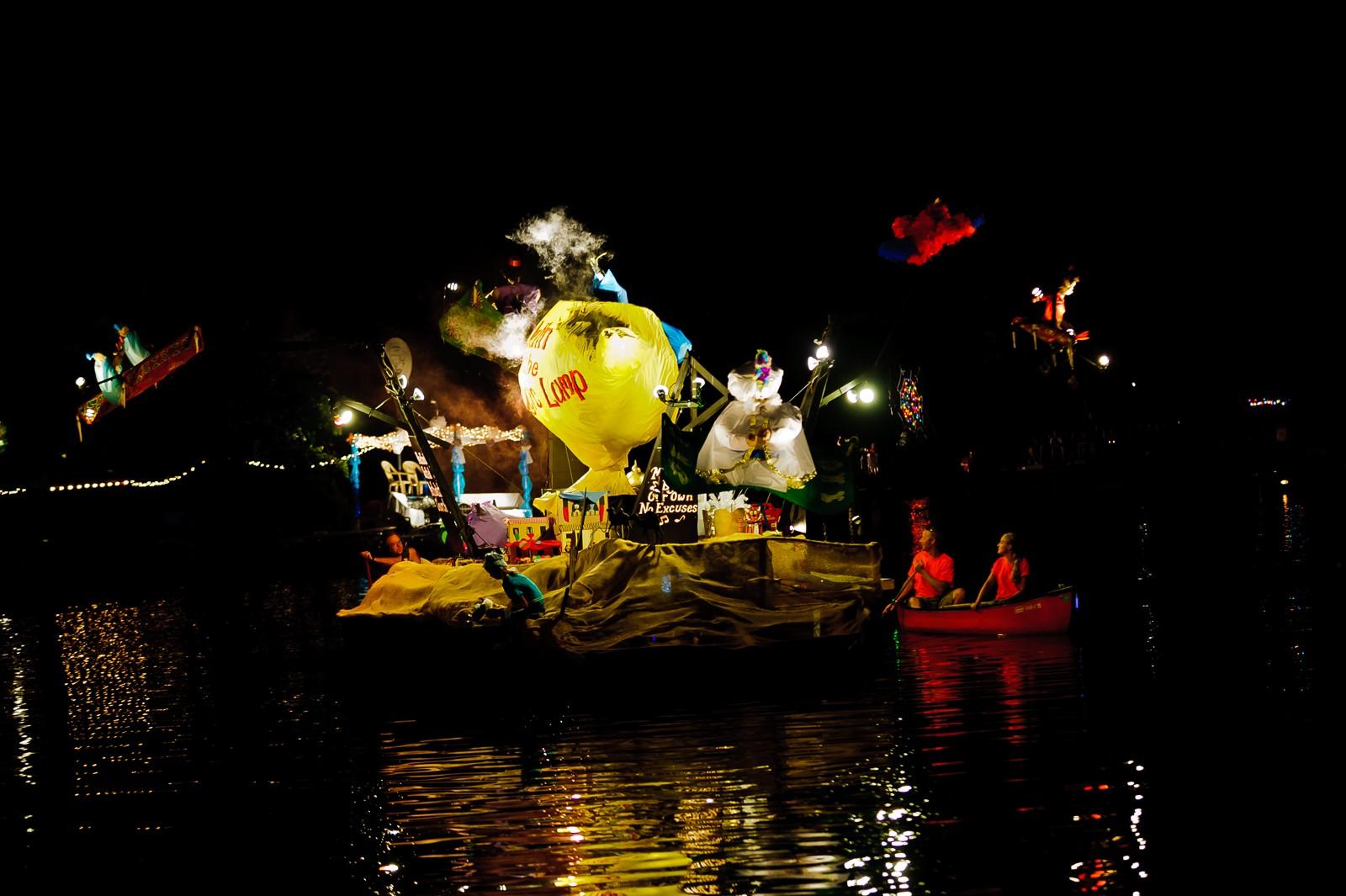 canoe-carnival-2010-0279