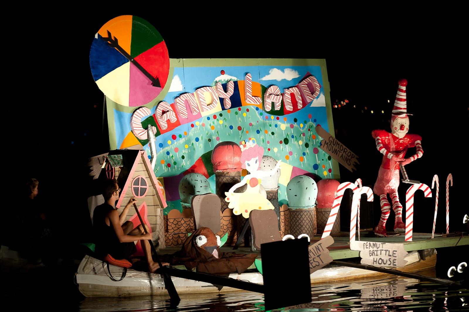 canoe-carnival-2010-0298