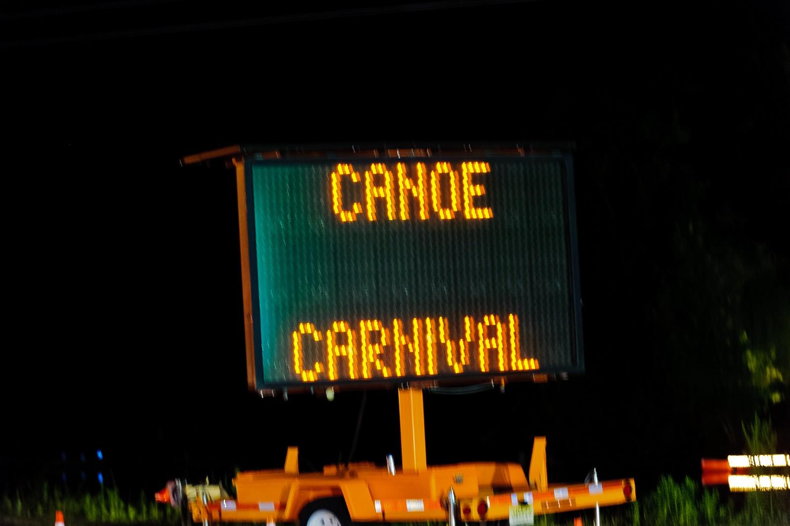 canoe-carnival-2010-0302