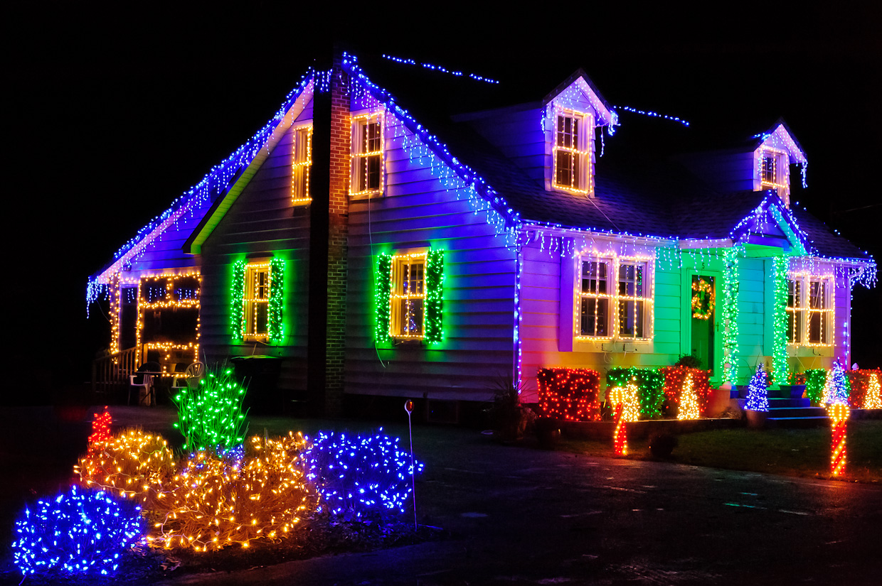 1000 images about christmastrees lights 2 on pinterest - Large bulb exterior christmas lights ...