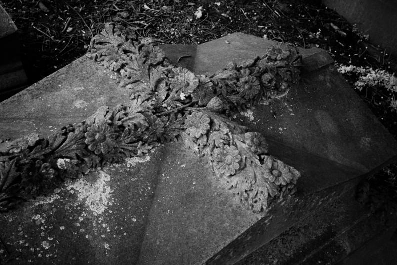 grave site-0807