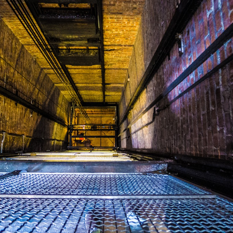elevator-shaft-1020860