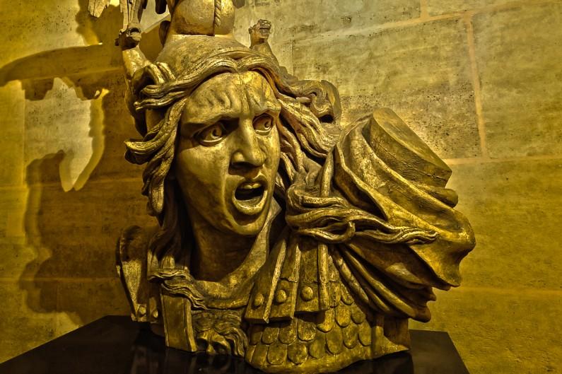 l'arc de triomphe-sculpture