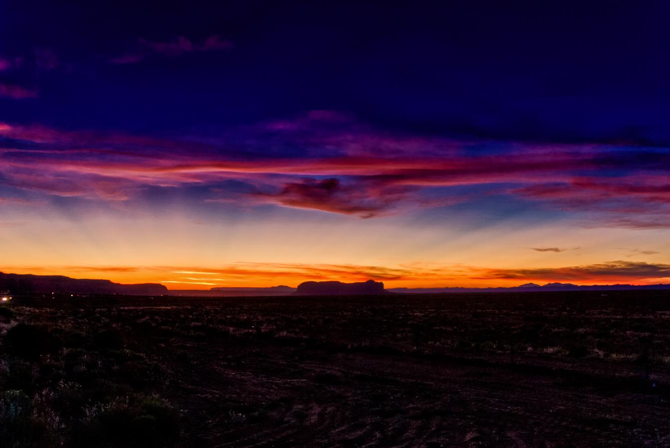 monument-valley-sunset-photo-