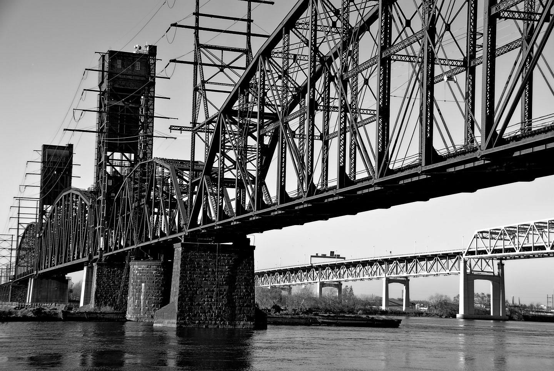 railroad-bridge-delaware river