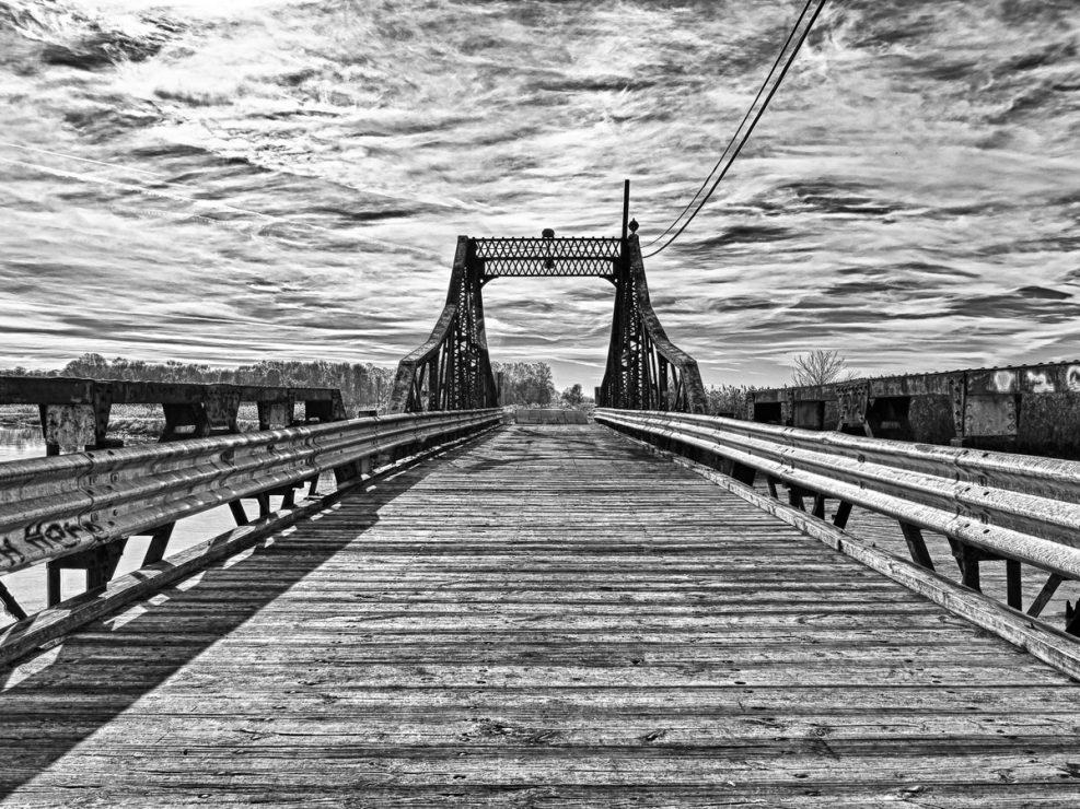 black-and-white-photo--9