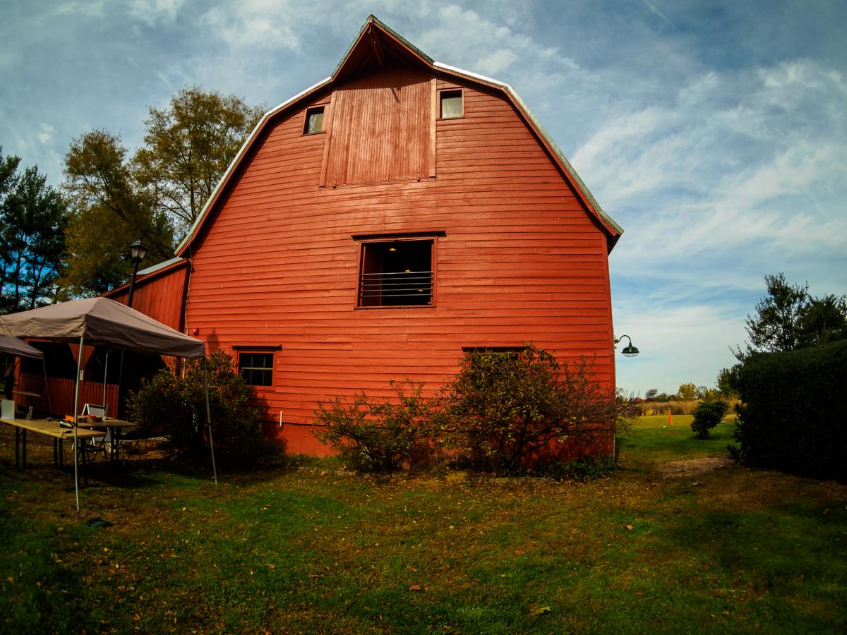 bishop-farm-barn