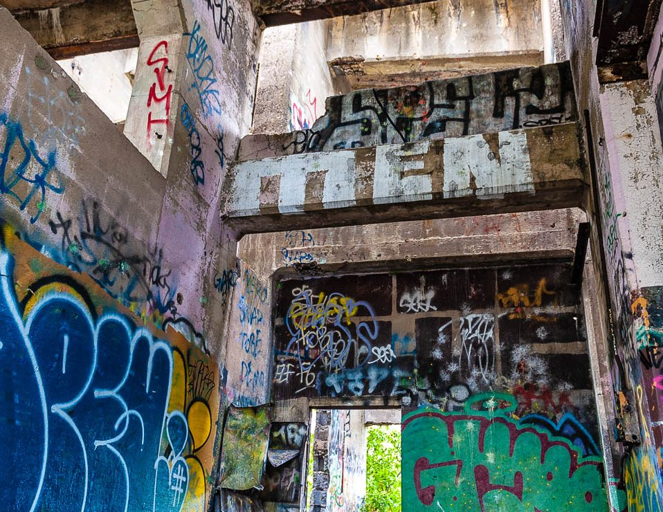 coal-piers-graffiti-photos-1113