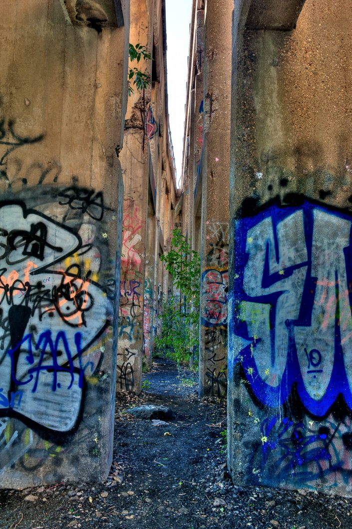 coal-piers-graffiti-photos-5